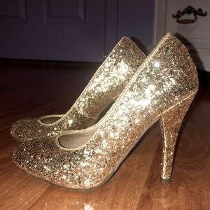 {Candies} Carachell Gold Glitter Pumps
